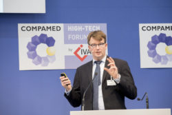 Foto: Vortrag des COMPAMED HIGH-TECH FORUM by IVAM