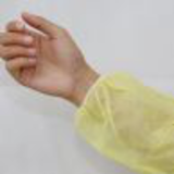 yellow pe coated disposable isolation gown30297912685
