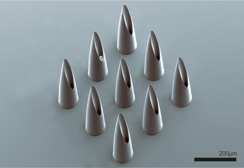Project Sixth Sense - Microneedles for vital data monitoring of rescue forces