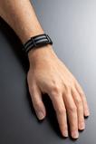 CORSANO Wrist large grey black Photo©Eric Rossier SD
